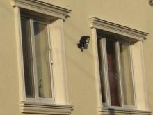 belka-nad-oknem-i-pilaster