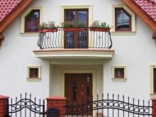 dom prywatny, widok balkonu